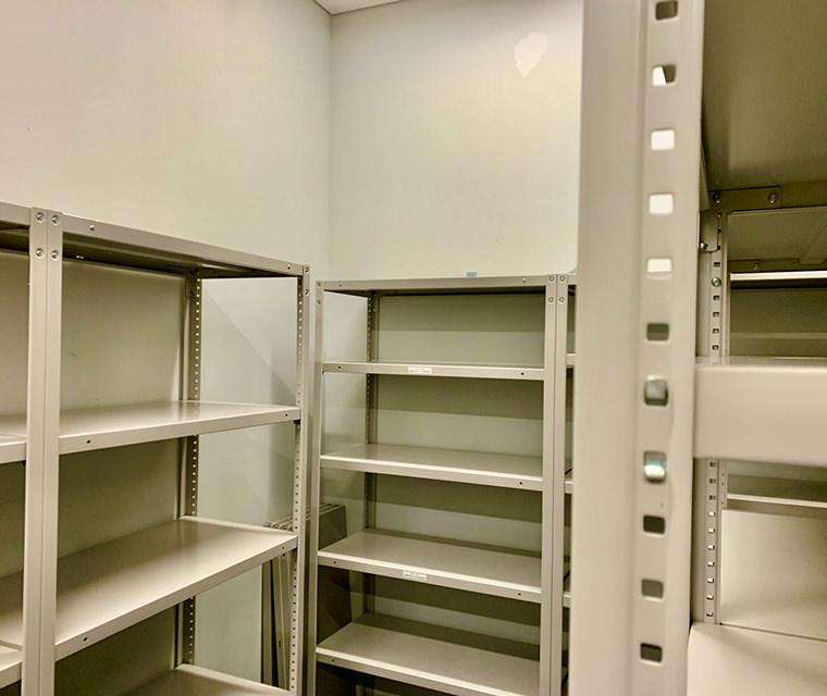 管理備品収納庫の散らかり解消コース